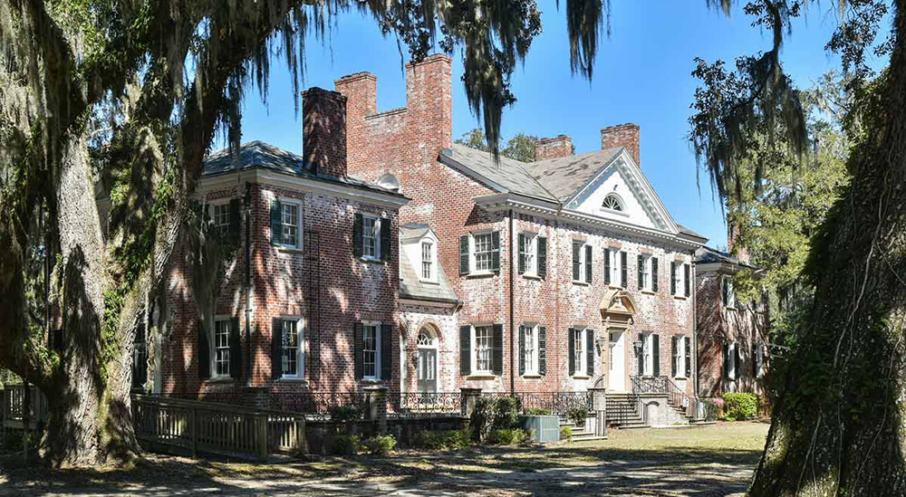 The 131-acre Bonnie Doone Plantation includes a 9,600-square-foot house built around 1932, a private island and other supplementary buildings. (Photo/Provided)