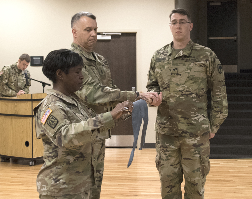 Lt. Col. Linda Riedel (left) assumed command of the 125th Cyber Protection Battalion during a ceremony Oct. 21 at McEntire Joint National Guard Base. (Photo/Sgt. Brad Mincey, 108th Public Affairs Detachment for the National Guard)