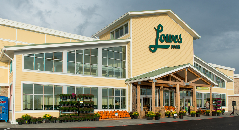Lowes Foods is building a 49,500-square-foot store in the Oakbrook Square Shopping Center at the intersection of Dorchester and Old Trolley roads in Summerville. The store is expected to open in late 2017 and employ about 150 workers. (Rendering/Provided)